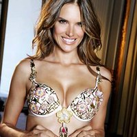 Delightful body of Alessandra Ambrosio