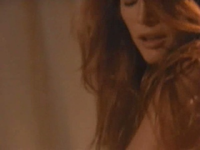 Sexy scenes with Angie Everhart in Bare Witness