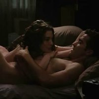 Sexy Anne Hathaway In 'Love And Other Drugs' movie