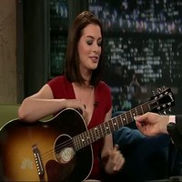 Anne Hathaway in Late Night Show