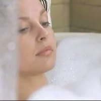 Wet and nude Ashley Judd in Eye Of The Beholder