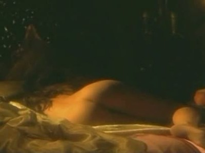 Asia Argento plays bed games in Phantom Of The Opera