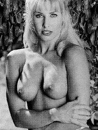 nackt Harmon Deborah Debra Messing