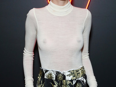 Delilah Hamlin see-through shots