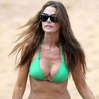 Denise Richards Hot Bikini Pictures