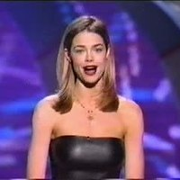 Denise Richards on MTV Movie Awards