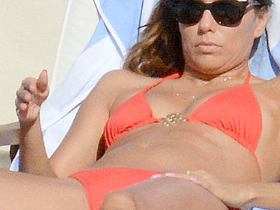 Eva Longoria Bikini Toe And Hot Booty Flashing In Italy