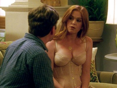 Isla Fisher in Keeping Up with the Joneses