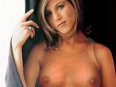 Jennifer Aniston Topless Paparazzi