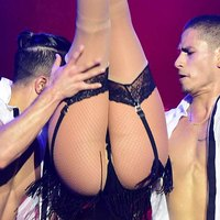 Jennifer Lopez Asstastic Wild On Stage In Singapore
