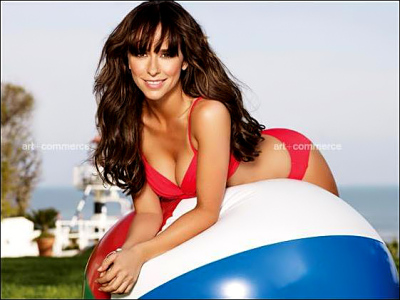 Jennifer Love Hewitt Hot In A Bikini