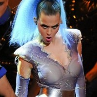 Exciting stage suit for Katy Perry