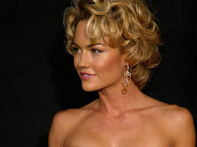 Kelly Carlson private and sexy pictures