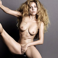 Sexy Lady Gaga performs another nude look!