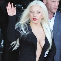 Lady Gaga awesome cleavage