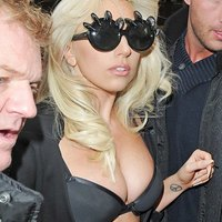 Lady GaGa exposes her breasts