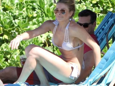 Best Hawaii photo shoot of LeAnn Rimes!
