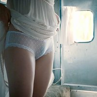 Liv Tyler take off panties in The Leftovers