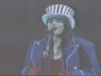 Lucy Lawless Singing National Anthem