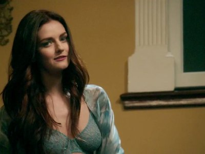 Lydia Hearst In South Of Hell S01e01