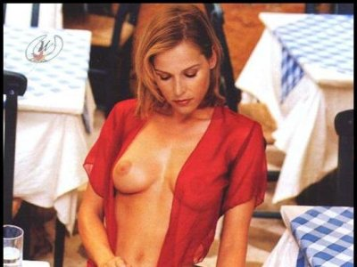 Pamela Ward  nackt
