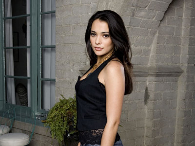 Natalie Martinez Pictures