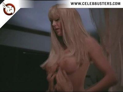 Rochelle Swanson completely nude in Sorceress