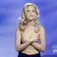Sarah Michelle Gellar getting unclothed in TV Advertisement