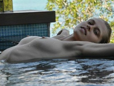 Teresa Palmer Topless Leaked Photos
